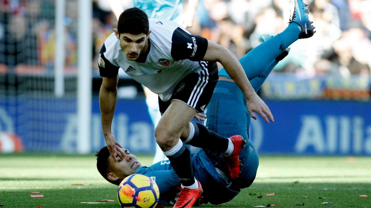 Guedes durante el Valencia-Real Madrid. (EFE)
