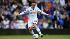 Roque Mesa, en no de los partidos que ha disputado esta temporada con el Swansea (Getty).