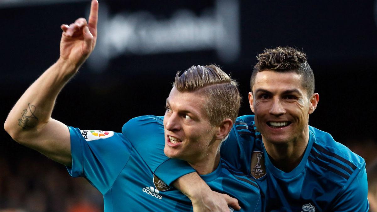 Kroos y Cristiano celebran el 1-4. (EFE)