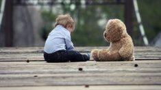Un niño de 3 años perdido por Torrevieja se ha convertido en viral por la actitud de su madre