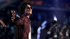 Bruno Mars en los Grammy de 2018. (Foto: AFP)