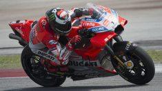 La nueva Ducati GP18 parece haber dado un importante paso adelante en lo que al giro durante las curvas se refiere, uno de los grandes problemas que ha tenido hasta ahora la moto roja. (Getty)