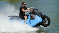 El Gibbs Biski es un scooter anfibio que nos permitirá circular en carretera o navegar sobre las aguas de forma indistinta.