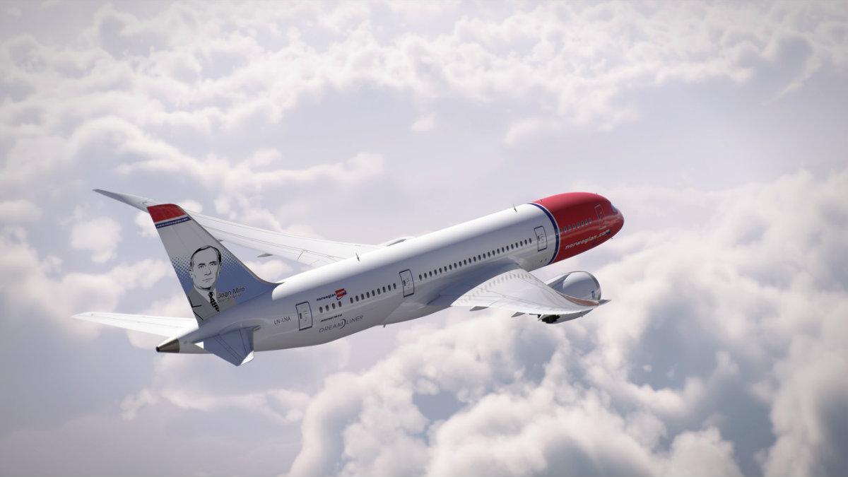 Norwegian seguirá sin operar vuelos en España en abril y prolonga el drama de su plantilla