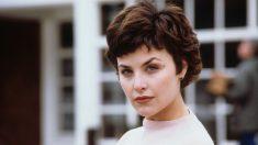 Sherilyn Fenn en la serie 'Twin Peaks'.