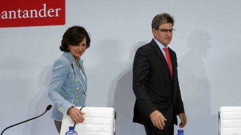 La presidenta del Banco Santander, Ana Botín, junto al CEO de la entidad, José Antonio Alvarez. (Foto: EFE)