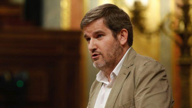 La connivencia del PSOE con el filtrador del 'caso Cifuentes': llevó sus denuncias de plagio al Congreso
