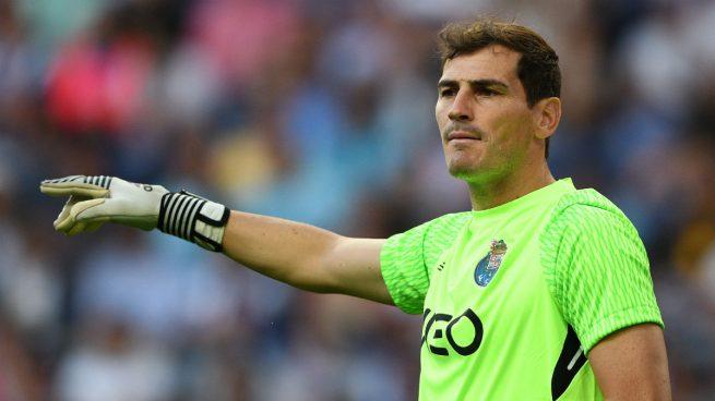 41efe6fef78d5 El Betis quiere a Iker Casillas