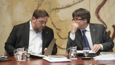 Oriol Junqueras y Carles Puigdemont. (EFE)
