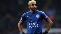 Riyad Mahrez, durante un encuentro con el Leicester. (Getty)