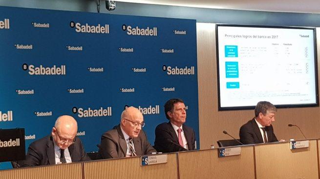 Josep Oliu (Banco Sabadell): «En Cataluña no hubo boicot, hubo nerviosismo»