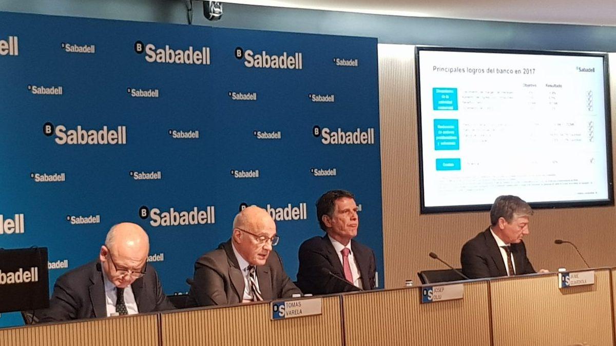 Presentación de resultados de Banco Sabadell. Foto: OKDIARIO.
