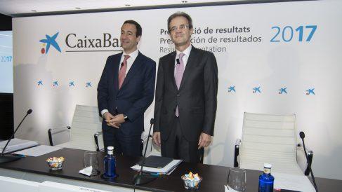 El consejero delegado de CaixaBank, Gonzalo Gortázar, junto al presidente del grupo, Jordi Gual. (Foto: CaixaBank)
