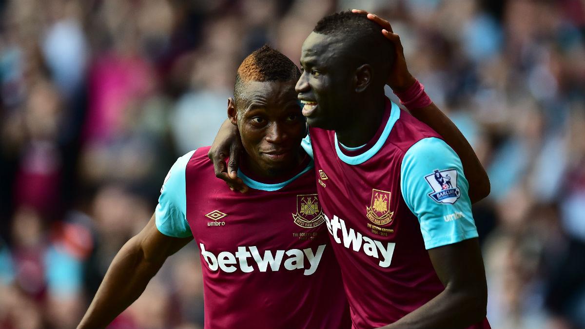 Sakho y Kouyate celebran un gol con el West Ham. (Getty)