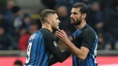 Icardi y Candreva en un partido del Inter. (Getty)
