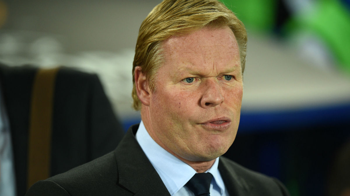 Koeman durante un partido. (AFP)