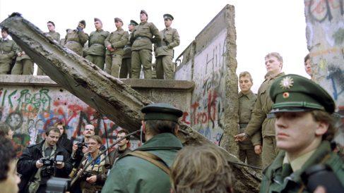 Caída del muro de Berlín, en 1989. (Foto: AFP)
