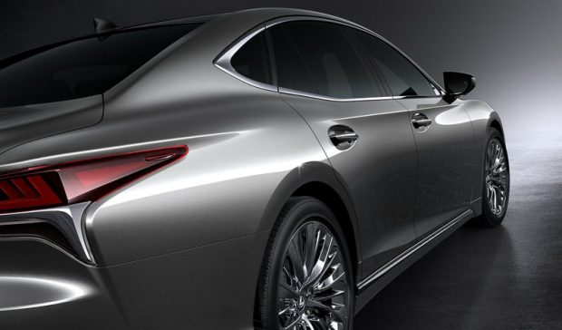 La tecnología híbrida de Lexus permite autonomía infinita sin cables ni cargas