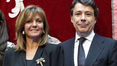 El expresidente madrileño, Ignacio González y su esposa Lourdes Cavero.