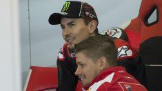 Casey Stoner ha reconocido que esperaba un mejor rendimiento de Jorge Lorenzo en Ducati, aunque muestra su confianza en que el español aumente sus prestaciones en este 2018. (Getty)