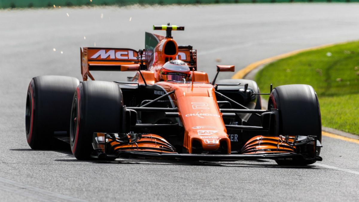El nuevo McLaren MCL33 de Fernando Alonso será, de entrada, un segundo por vuelta más rápido solamente por la presencia del motor Renault, que sustituye al Honda. (Getty)
