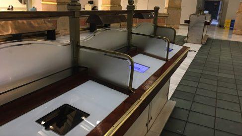 Tablets del Ayuntamiento de Madrid. (Foto: OKDIARIO)