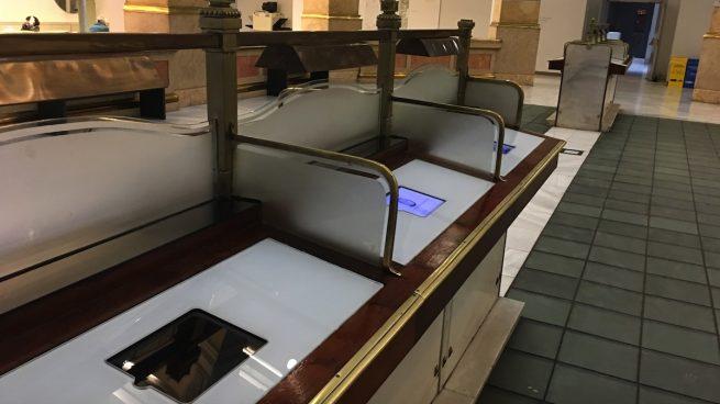 El 37% de las tabletas que tiene Carmena para turistas en Cibeles no funcionan