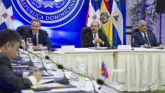 Conversaciones entre el régimen venezolano y la oposición con la mediación de Zapatero (Foto: AFP)