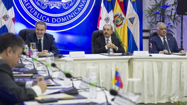 """""""Receso indefinido"""" en las conversaciones entre la oposición venezolana y el régimen por la imposición de la fecha electoral"""
