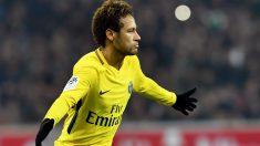 Neymar Jr. celebra un tanto, ante el Lille (AFP).