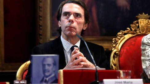 Aznar en la presentación de un libre este jueves (Foto: Efe).