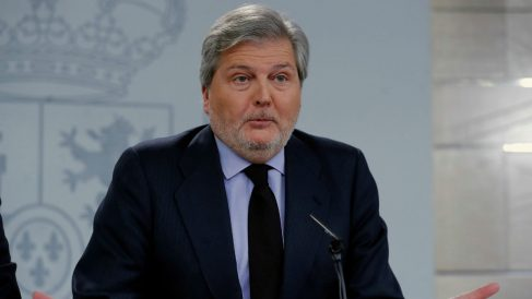 El ministro de Educación y  portavoz del Gobierno, Íñigo Méndez de Vigo, en Moncloa.