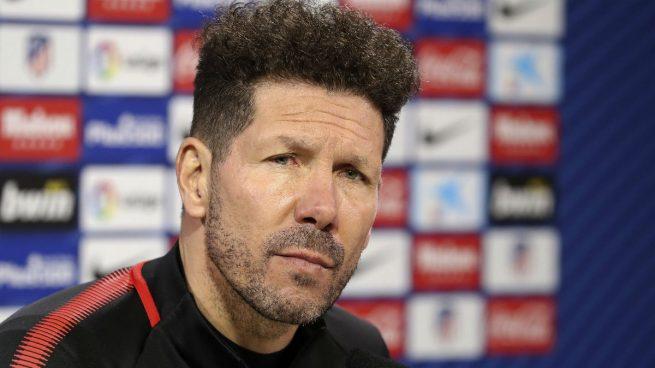 """Simeone responde al jefe de prensa de Torres: """"Sé muchas cosas de él y cómo se maneja"""""""