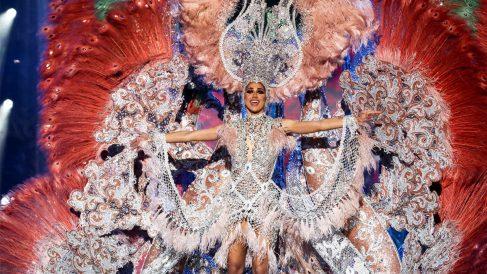 Ana Suárez Álvarez, reina del Carnaval de Las Palmas. (Foto: EFE)