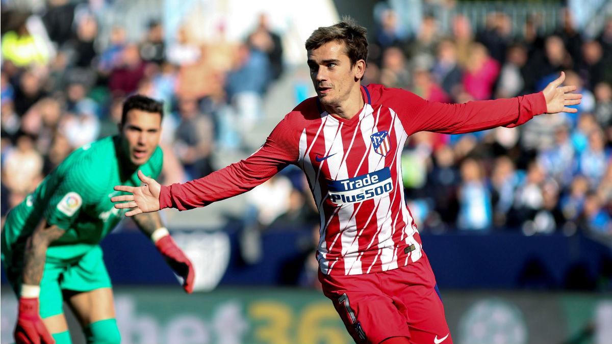 Antoine Griezmann celebra su gol durante el Atlético vs Málaga. (EFE)