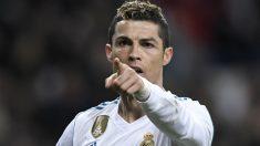 Que Cristiano marca tres goles o más se abona a 17 euros por uno apostado. Que lo hace Neymar se abona a 23 euros, lo mismo que Cavani. (AFP)