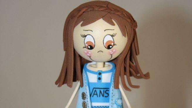 hacer muñeca de goma eva