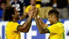 Neymar y Marcelo durante un partido con Brasil. (AFP)