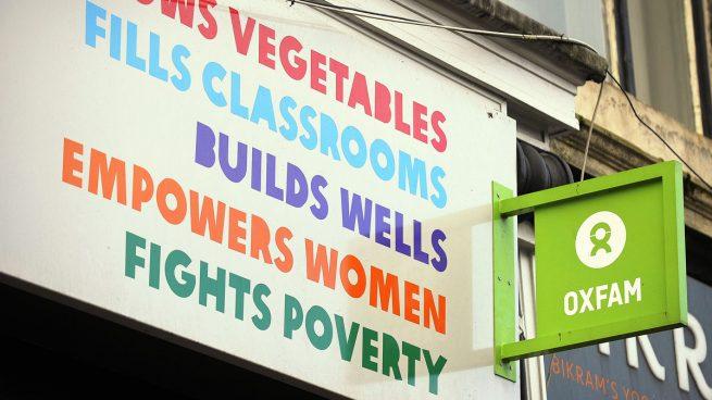 Reino Unido amenaza con cortar la ayuda a las ONG que no cumplan los estándares tras el escándalo de Oxfam