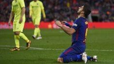 Luis Suárez se lamenta tras errar una ocasión ante el Getafe. (AFP)
