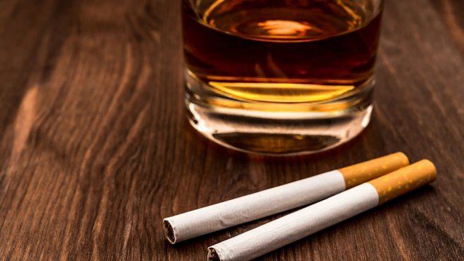 Tabaco y alcohol.