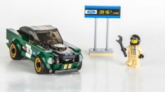 El Ford Mustang Bullit pasa a formar parte del gran elenco de coches que Lego ha transformado en juguetes para los más pequeños de la casa.