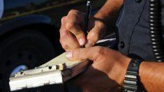 Una multa de tráfico mal notificada puede ser motivo suficiente como para que nos devuelvan los puntos del carnet de conducir que nos han quitado.