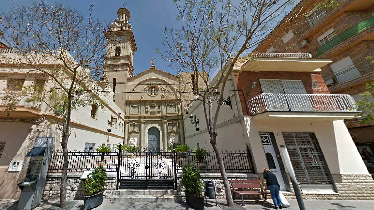 Parroquia de la Santisima Trinidad y San José, en la Pobla de Vallbona (Valencia).