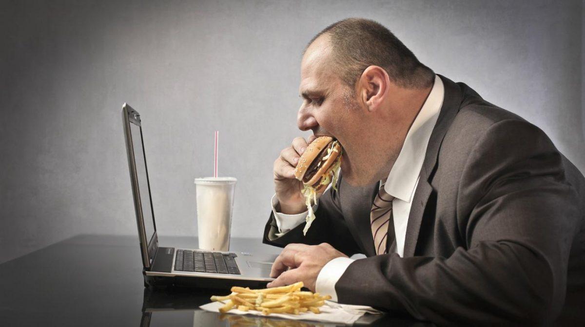 Se trata de empleos que favorecen el sedentarismo o la mala alimentación.