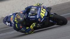 Desde las altas instancias de Yamaha reconocen que las opiniones técnicas de Valentino Rossi son más y mejor consideradas que las que tiene Maverick Viñales. (Getty)