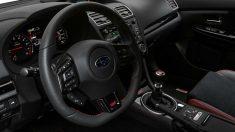 La vibración del volante de mi coche puede producirse por varias causas, desde un simple defecto en los neumáticos hasta una grave avería en el motor.