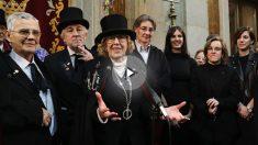 La alcaldesa y concejales del Ayuntamiento este carnaval. (Foto: Madrid)