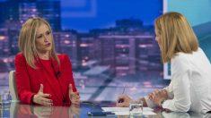 Cristina Cifuentes reconoce la «fata de pluralidad» de Telemadrid
