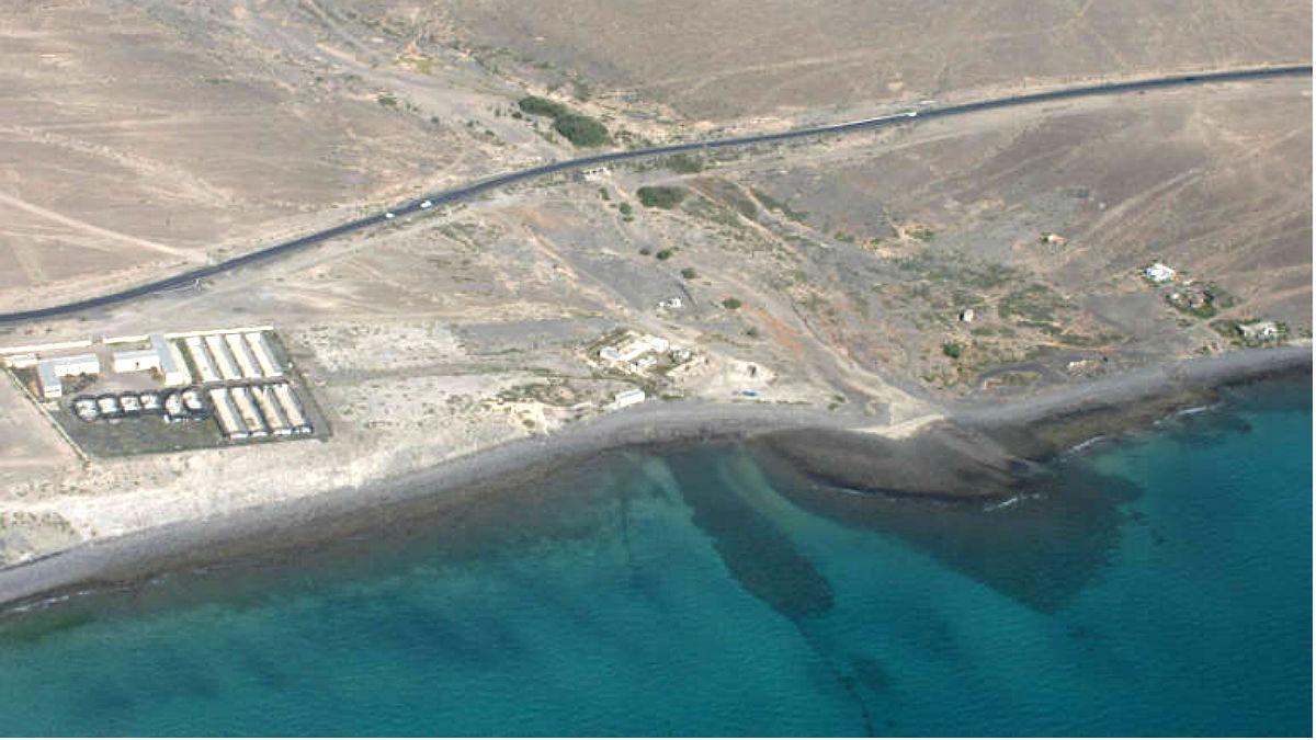 Carretera junto a la piscifactoría de Fuerteventura.